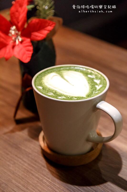 森林咖啡2號Bosque cafe.桃園龜山咖啡廳(綠意挑高裝潢氛圍讓人放鬆)