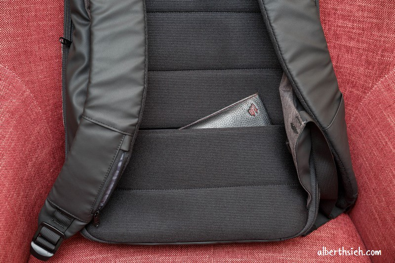 ClickPack Pro 終極防盜防割後背包