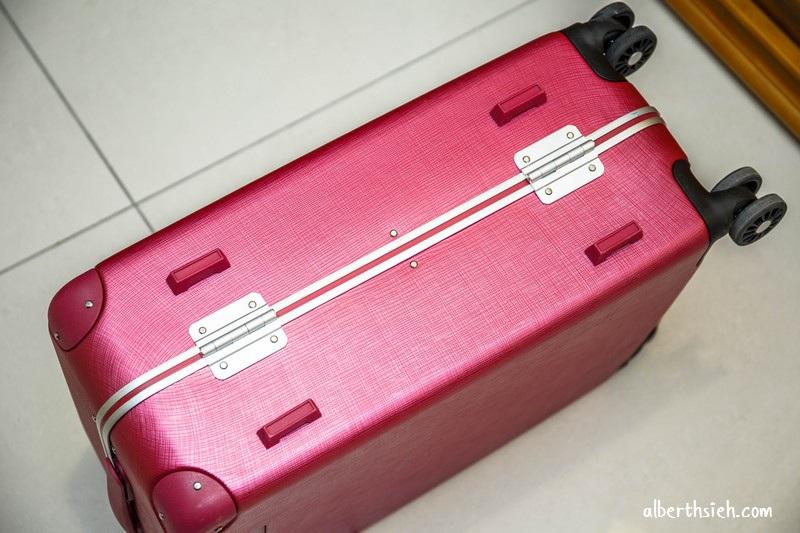 Pantone Universe 輕奢鋁框行李箱