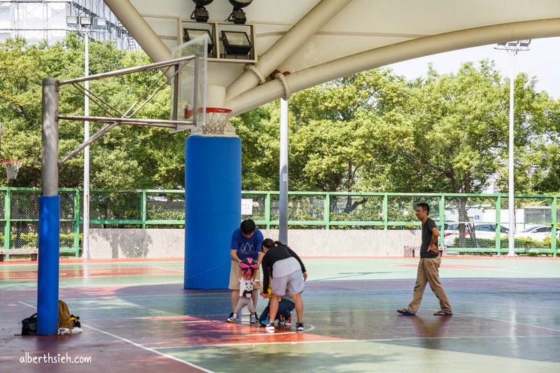 三民運動公園&南崁溪自行車道.桃園景點(心鎖步道還有許多愛心元素的公園) @愛伯特吃喝玩樂全記錄