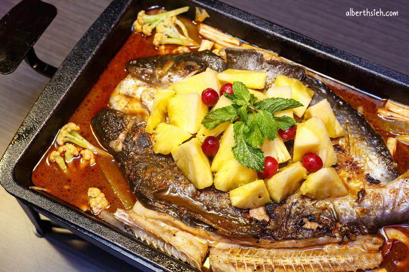 水貨-炭火烤魚.中和美食