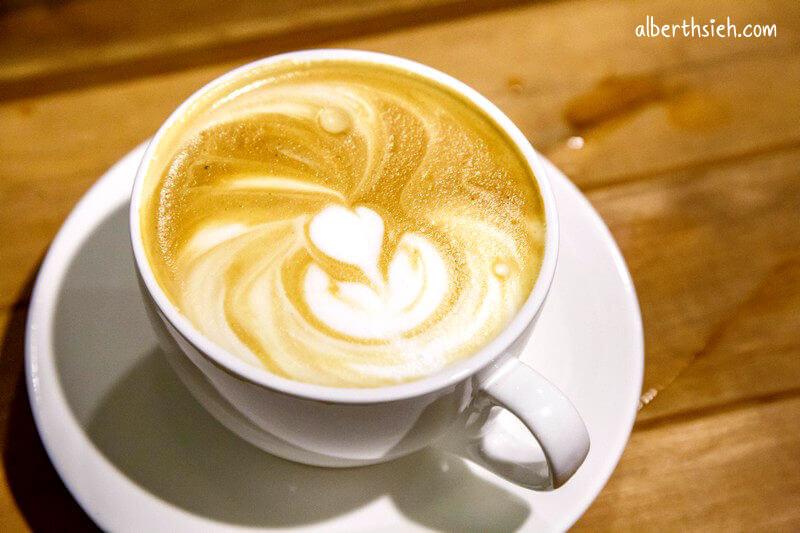 聖塔咖啡.嘉義美食(在地人推薦必訪咖啡館)