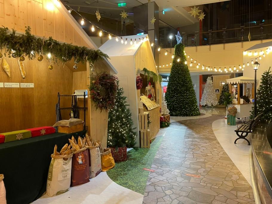 網站近期文章:2020桃園聖誕節.大江購物中心「501號聖誕市集」(北台灣最大手工聖誕薑餅城)