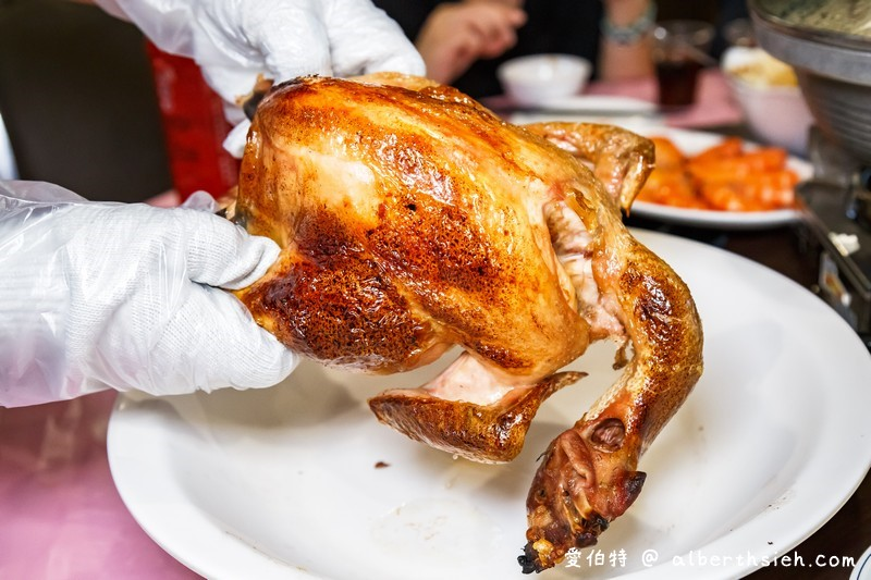 台中大坑東山棧甕缸雞