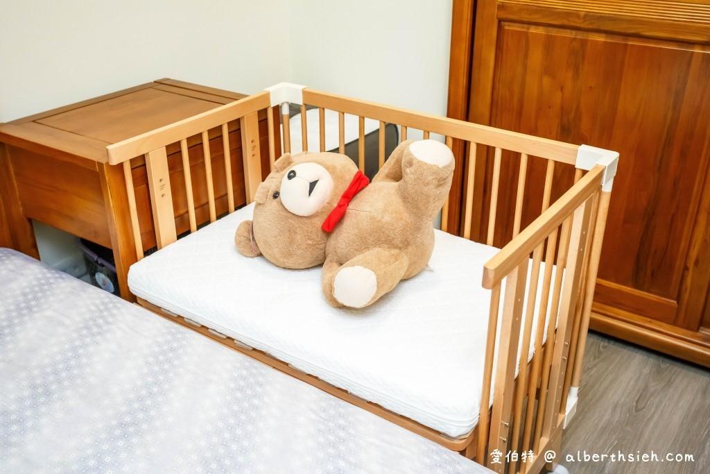 育兒必備。日本farska木質多功能嬰兒床