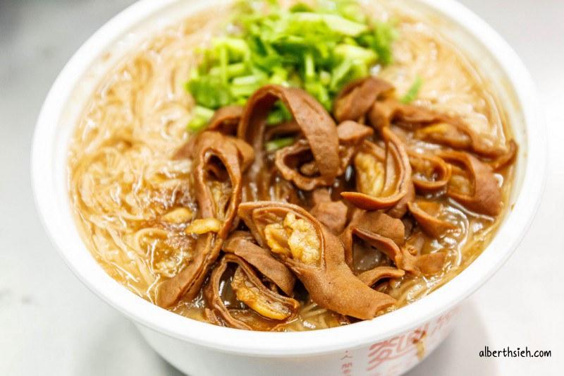 麵線王.桃園南平市場美食(滷大腸辣椒都超美味)