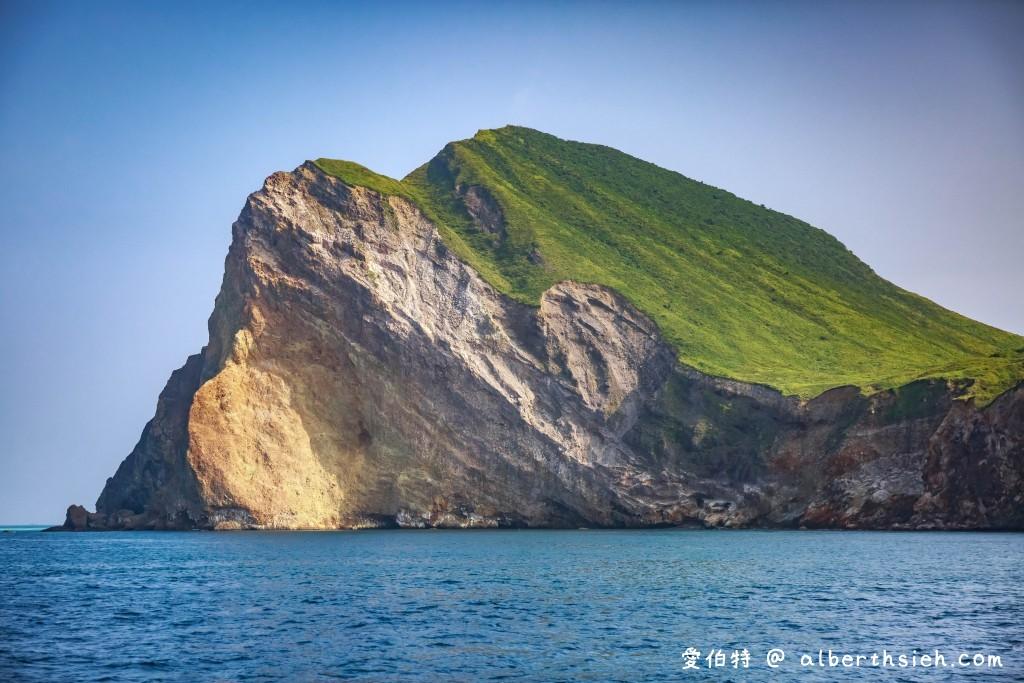 宜蘭烏石港龜山島賞鯨登島繞島