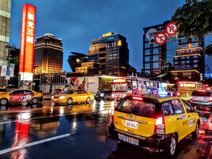 計程車叫車電話/APP/LINE懶人包(20190808更新,出門必備資訊)